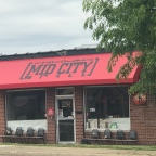 Lunch or Midnight Munchies: Mid City Grill Feeds Daytime Strollers and Night Owls
